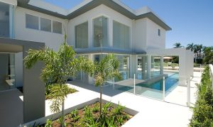 Frameless-Glass-Pool-Fencing-Southport