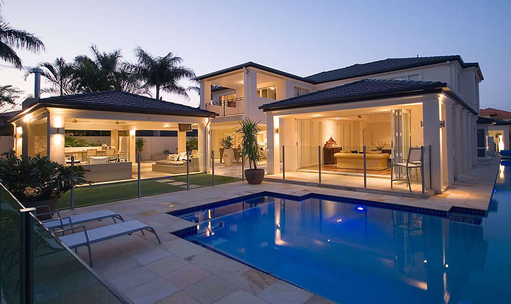 Glass-Pool-Fencing-Byron-Bay