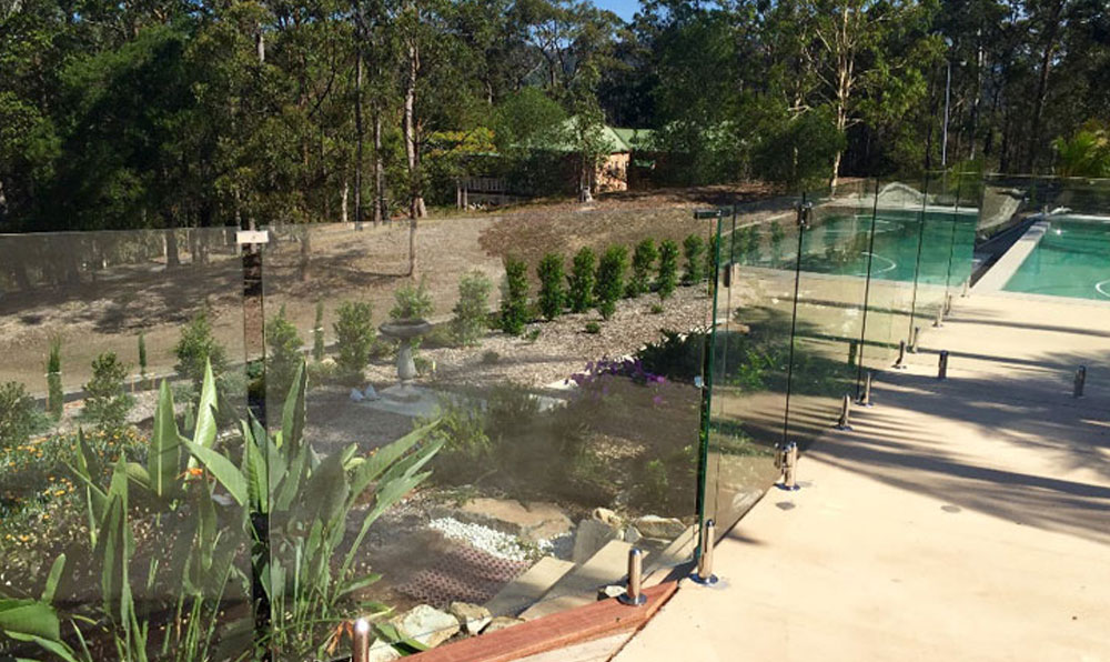 Currumbin Valley Frameless Glass Pool Fencing