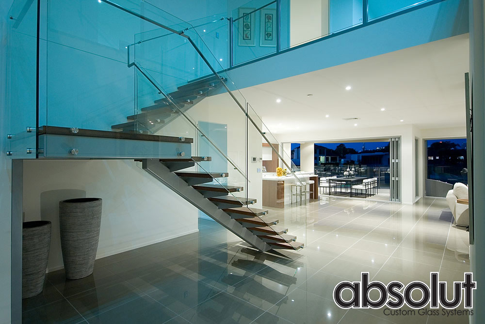 Fully Frameless Glass Balustrades on the Gold Coast-The luxurious option.