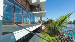 The Best Priced Glass Fencing Contractor On The Gold Coast