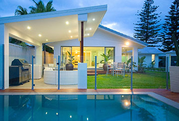 Semi-Frameless Glass Pool Fencing Gold Coast