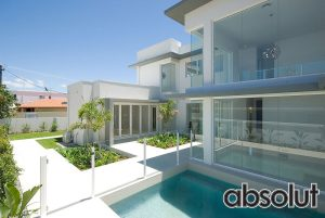 Frameless Glass Pool Fencing Broadbeach Waters