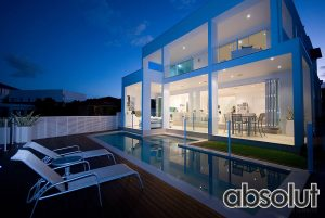 Semi-Frameless Glass Pool Fencing Mermaid Waters