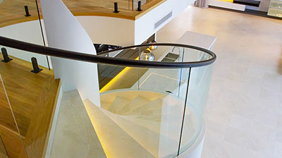 Bent-and-Curved-Glass